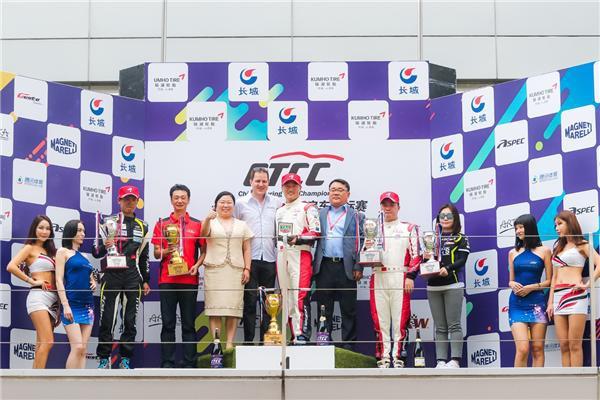 2018 CTCC上海揭幕 锦湖轮胎雨中迎挑战